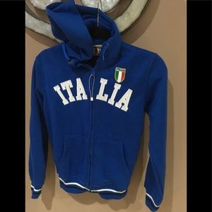 Boys zip up hooded sweatshirt size 11/12 Italia